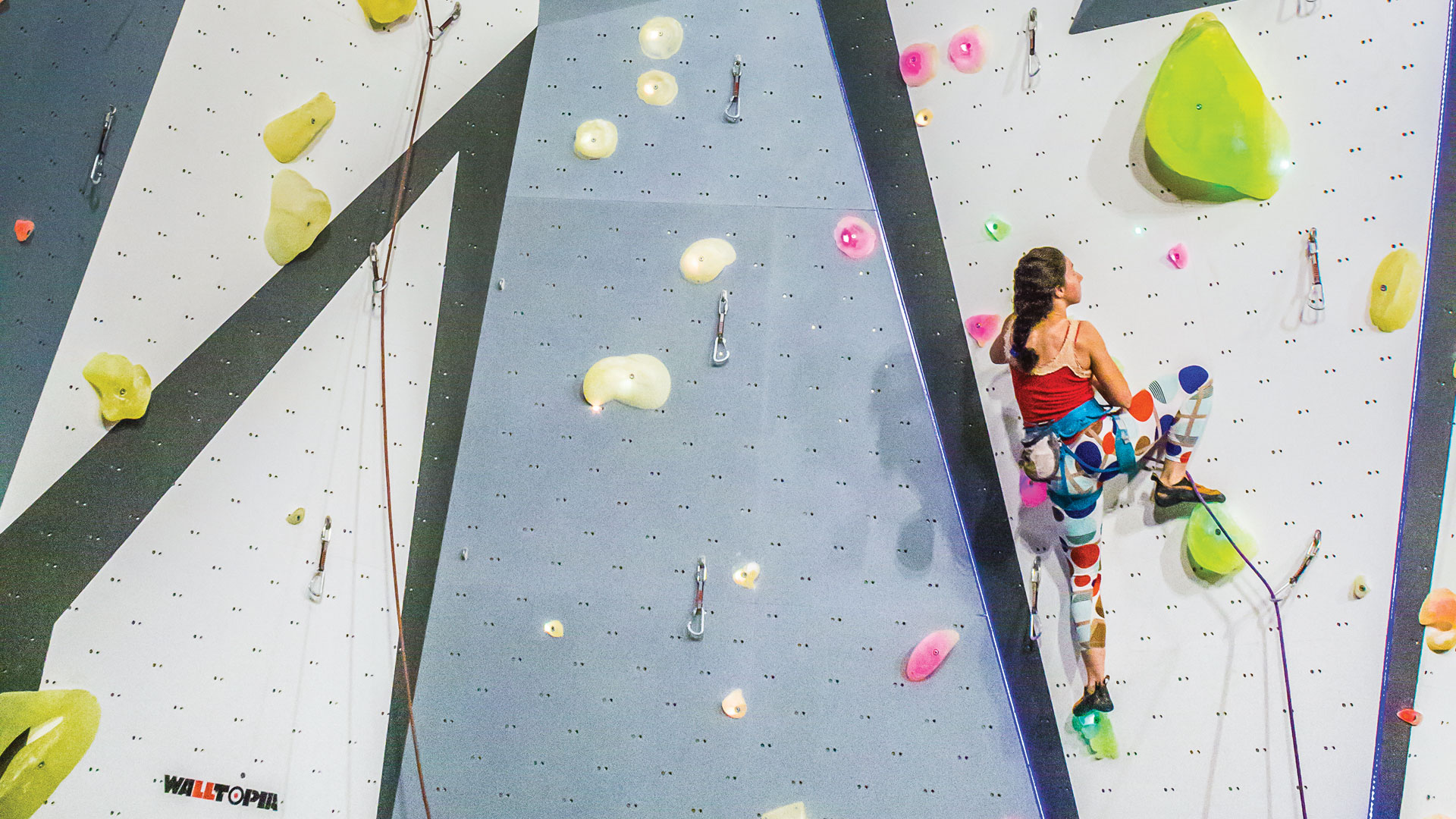 Walltopia lead climbing course